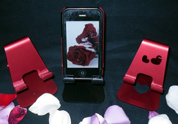 Kynamics Element iPhone Stands